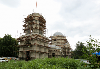 Продолжаются строительные работы в Карауле