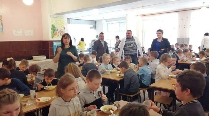 Изучены условия для введения бесплатного питания